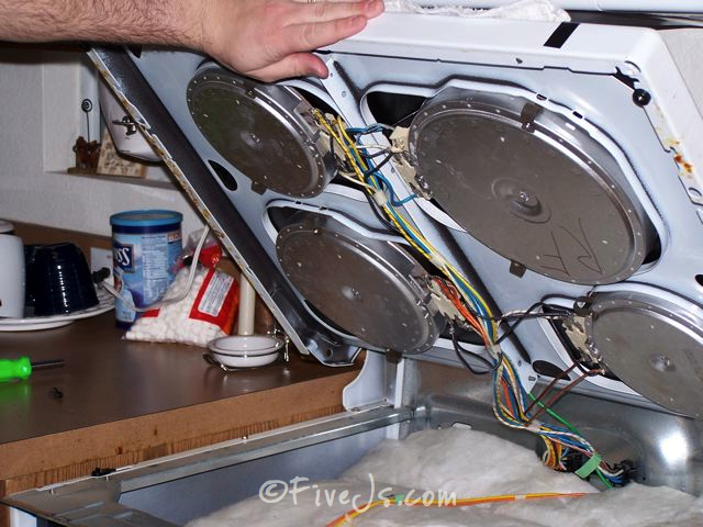 Stove Countertop Replacement : ... cooktop and unplugged the burners and the ground wire from the range
